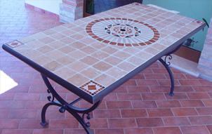 Tavoli Mosaico Da Giardino Decoupageitalia